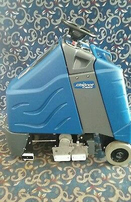 "Windsor Chariot iCapsol 24"" ride on carpet cleaner with FREE shipping"