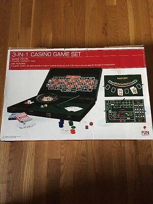 """""""3-In-1"""" Casino Game Set - Blackjack Roulette Craps All In A 22"""" Carrying Case"""
