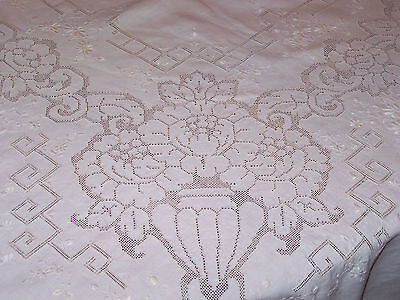 "EXQUISITE DESIGN VINTAGE LINEN 98"" TABLECLOTH, 12 LAPKINS, HAND PUNCHWORK c1920"