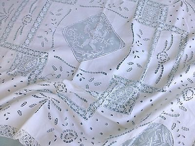Antq Italian embroidered white linen cutwork filet lace tea tablecloth  detail