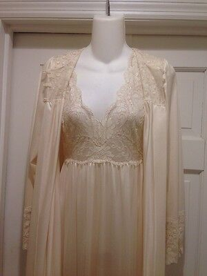 Shadowline Peignor Set Petite Small Gown Robe Vtg S Full Sweep Long Lace Ivory