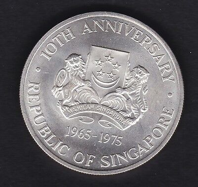 Singapore Uncirculated 1965-75 Commemorative   silver $10 coin