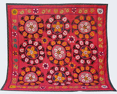 Large Uzbek Hand Embroidered Silk On Cotton Old Suzani Of Baysun Fun-420