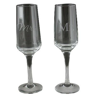 Bachelorette Mr and Mrs Modern Etched Champagne Flute Clear Set of 2 New
