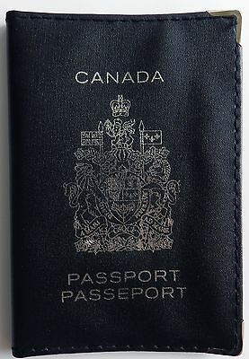 Canadian Leatherette Passport Cover New