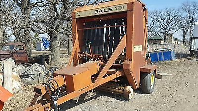 Gehl 1500 round baler, needs one belt fixed or replaced