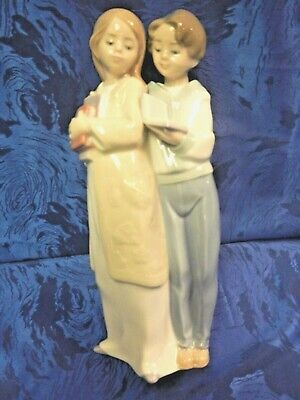 Learning Together Boy And Girl Studying Porcelain Figurine Nao By Lladro  #1617