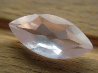 ROSENQUARZ  -  MARQUISE FACET  -  14x7 mm  -  2,82 ct.