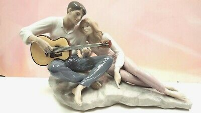 Our Song - Love Couple Man And Woman Guitar 2015 By Lladro  #9198
