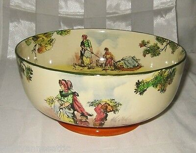 Royal Doulton Series Ware - The Gleaners D4983 - Center Bowl ca1930