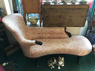 Rare Shape Early Antique Victorian French Design Chaise Longue