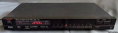 LUXMAN T-111L digital synthesized am fm stereo tuner radio
