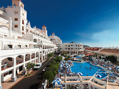 £99 - 7 Night Family Holiday at the gorgeous Hollywood Mirage Resort in Tenerife