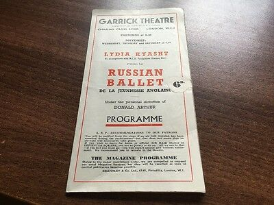 RARE VINTAGE PROGRAMME FROM THE GARRICK THEATRE. RUSSIAN BALLET. POSSIBLY 1930s.