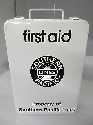 Vintage Southern Pacific Railroad Lines First Aid Kit Tin Advertising  M-104