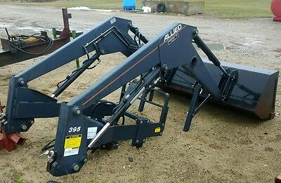 Buhler Allied 395 Loader Case/IH,John Deere,Kubota,Massey Ferguson,New Holland