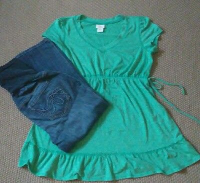 Maternity Lot of 2 size Large green top and jeans Pants