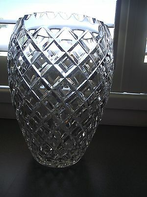 Vintage Large Diamond Cut Crystal Vase ~ STUNNING ~ EXCELLENT CONDITION