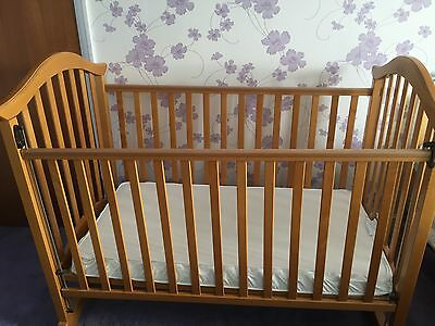 Wooden Mamas & Papas COT comes with Mattress & Bumper if required