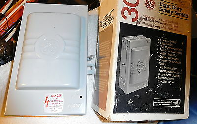 GE GENERAL ELECTRIC TC23111 Quick Disconnect Switch Box 30Amp