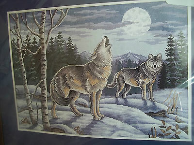 WOLVES wolf pack CALL WILD HOWLING winter snow CROSS STITCH  new KIT