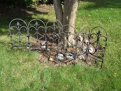 Vintage Lot 40' Foot Cast Iron Roof Crest Garden Fence Sections Antique Edging
