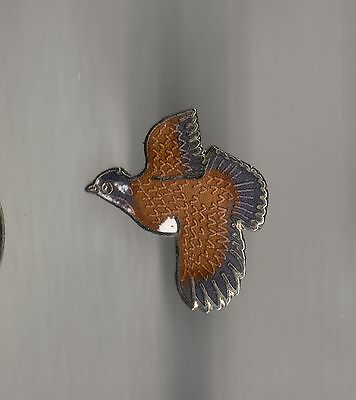 Vintage Flying Quail small old cloisonne pin