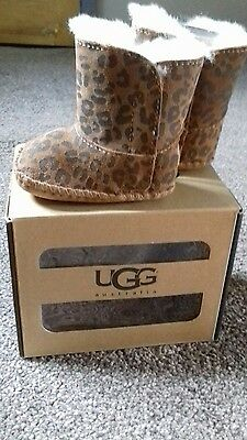 genuine baby ugg boots o-12 mnths new in box uk