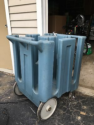 """Cambro DC825 - 8 1/4"""" Plate Dish Caddy - Mobile Cart, Catering"""