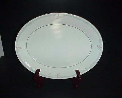 "Royal Doulton Carnation Platter 13"" H5084"