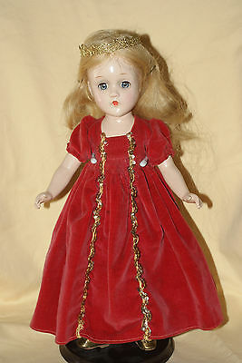 "Beautiful Vintage 14"" Madame Alexander Sleeping Beauty Composition Doll"