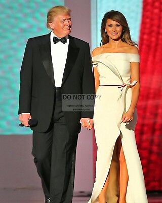 Donald Trump & First Lady Melania Arrive At Liberty Ball - 8X10 Photo (Zy-754)