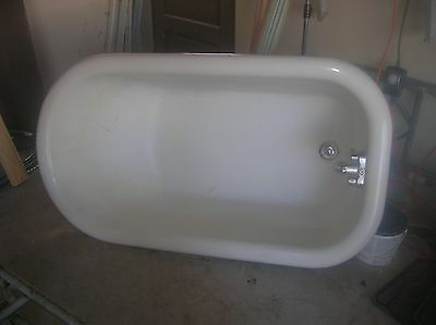 1926 Crane Antique clawfoot tub in good shape