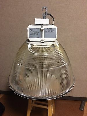 400w Metal Halide light fixture TX400M 120/347 HC3 CSA HSG Luminaire.