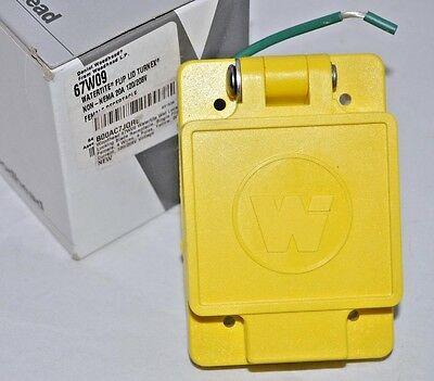 Woodhead 67W09 20-Amp, 120/208-Volt- 3PY Watertite Locking Receptacle Cover