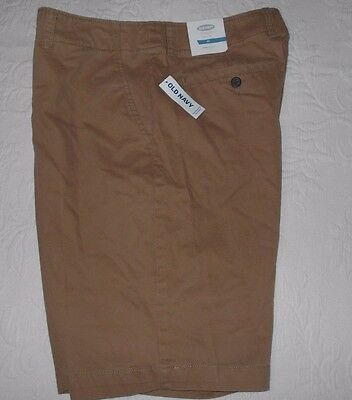 """NWT Mens OLD NAVY 100% Cotton Shorts At  Knee  Size 33 inseam 10"""""""