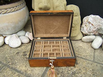 Lovely 19C Figured Rosewood Antique Jewellery Box - Fab Interior