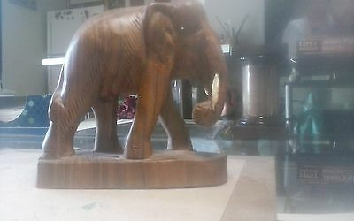 Vintage carved wooden elephant sculpture bout 5 x 5""