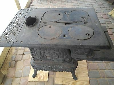 Very Rare Cast Iron Antique stove Advance Pride.  Local pickup only