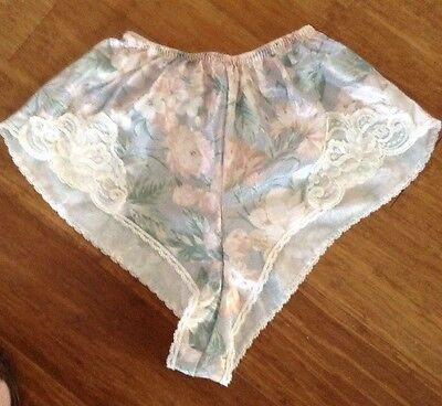 Vintage Lucie Ann Sz Petite Floral Print Tap Panties Polyester Lace Sissy