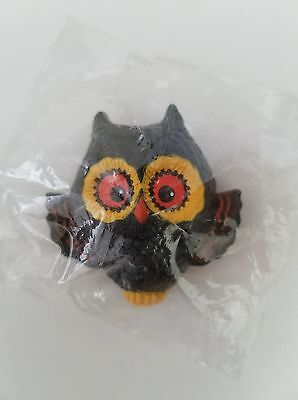 Vintage Adorable Owl Pin by Hallmark (75HLP8-4) Made In Hong Kong /New Old Stock