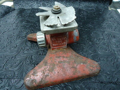 "Vintage Square Spray Sprinkler ""it Gets In The Corners"" Lawn Garden Usa Metal"