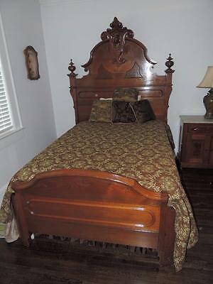 Antique Victorian Renaissance Revival WOGLOM signed bed & dresser
