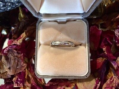 Genuine 9k solid white gold and natural diamond ring ��