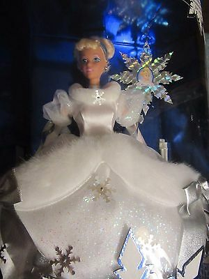 Walt Disney Cinderella Holiday Princess Special Edition 1996 - 1st in a Series
