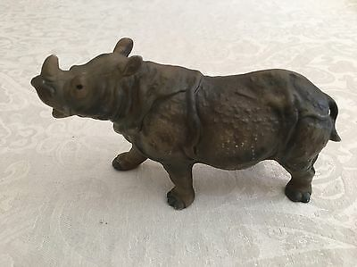 Terrific Utuci Rhinoceros Rhino Detailed Porcelain Figure Figurine