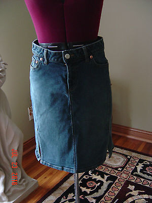 American Eagle Outfitters Women's Size 4 Jean denim Skirt WITH SLITS
