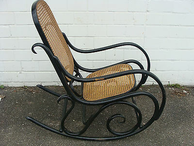 Original thonet schaukelstuhl gemarkt rocking chair for Thonet schaukelstuhl