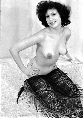 6 NEGATIVES GLAMOUR RISQUE BUSTY NUDE MODEL 1960s by AN AMATEUR PHOTOGRAPHER