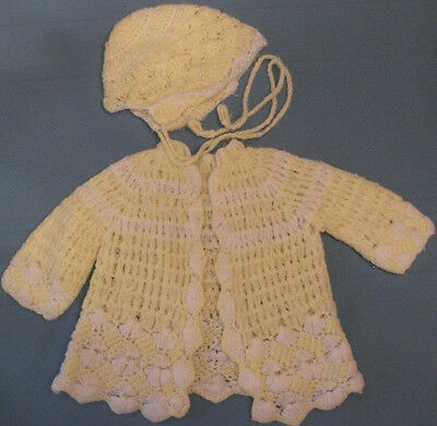 Vintage yellow baby or doll sweater and bonnet set 0-3 months